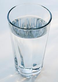 Trinkwasser ist ein unverzichtbares Lebensmittel in unserem Alltag.